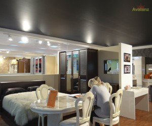 Черный матовый натяжной потолок